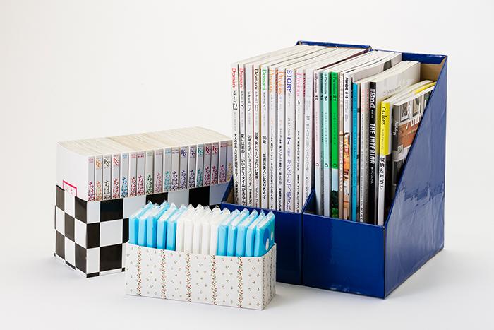 写真は、ティッシュペーパーの空箱を使ったコミックボックス、牛乳パックの空箱を使ったポケットティッシュケース、ビールの空箱を使ったマガジンラック