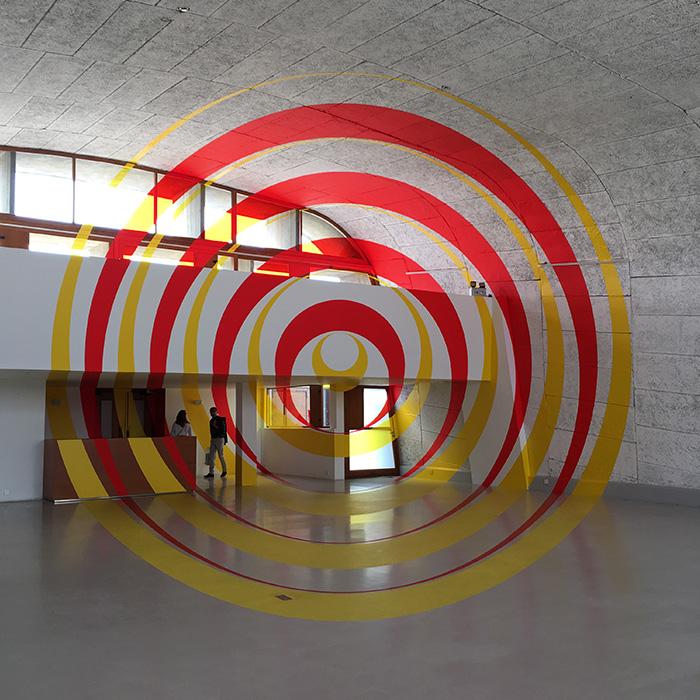 近年は屋上階を、現代アートの企画展を行うアートスペース「MAMO」として運営しています。お邪魔した時にはスイス出身のアーティスト、 フェリチェ・ヴァリーニの展示を開催していました。