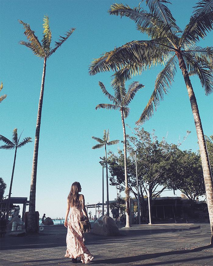 写真 ERIKO(プロトラベラー®)                     Instagram:@eriko_s2                     Blog:https://www.dclog.jp/eriko_s2                  ROOM1 TRAVEL photos(by ERIKO) さまざまな国で撮ってきた旅写真を思い出とともに丸ごとお部屋にディスプレイ。