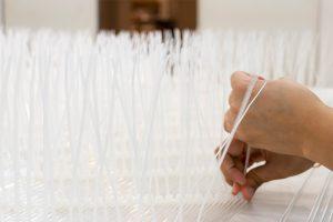 CANBERRA02 オーストラリア、キャンベラパビリオン(仮)アクリルロッド編み作業