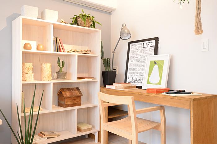 「リビングには必ず本棚を置いてほしい」と小野さん。