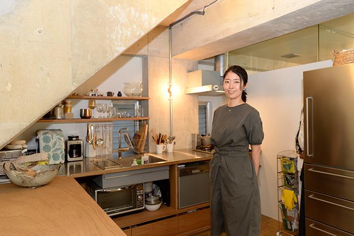 家事と育児の動線を意識した、収納上手のリノベーション住宅
