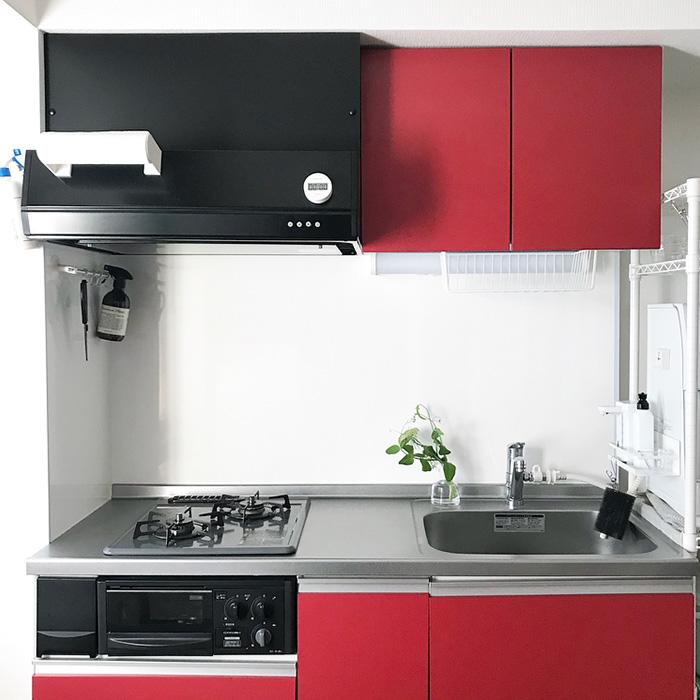 ミニマムに、シンプルに。使いやすさを考えたキッチン収納術《saoさん》
