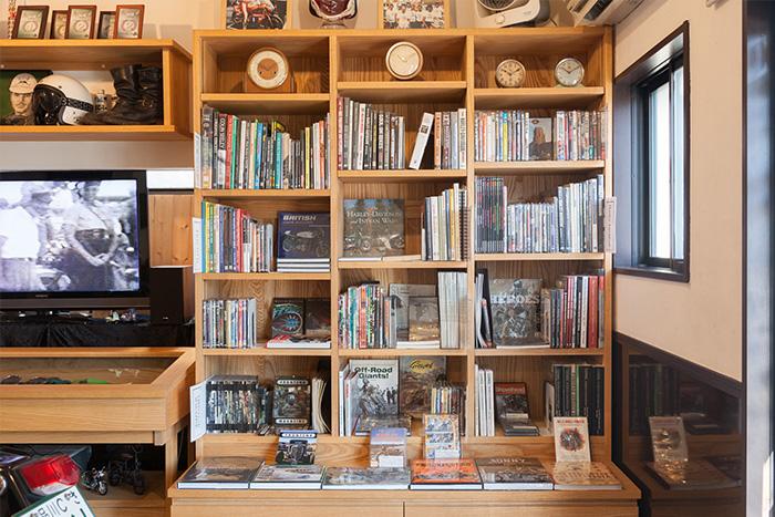 本屋ならではの見せる収納術