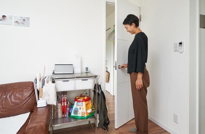 本多さおりさんに学ぶ、こどもが成長しても使えるフレキシブルな「収納家具」。
