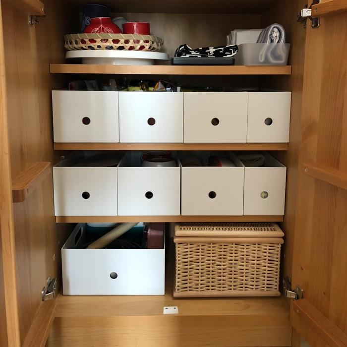 狭い賃貸住宅で快適に暮らす、キッチンの収納アイデア