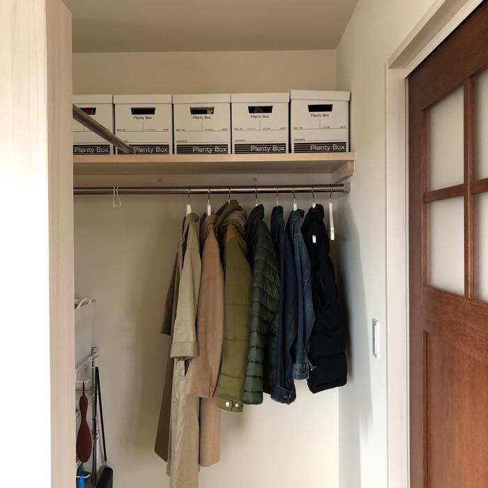 ポイントは収納用品の選び方!少しの工夫で家事の時短に繋がるクローゼット収納法 ゆりさん