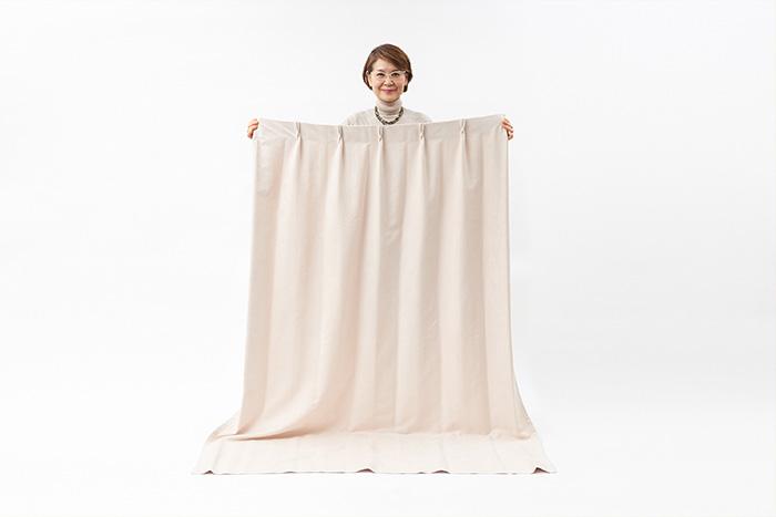 ボリュームをおさえてすっきり収納!カーテンのたたみ方、しまい方解説