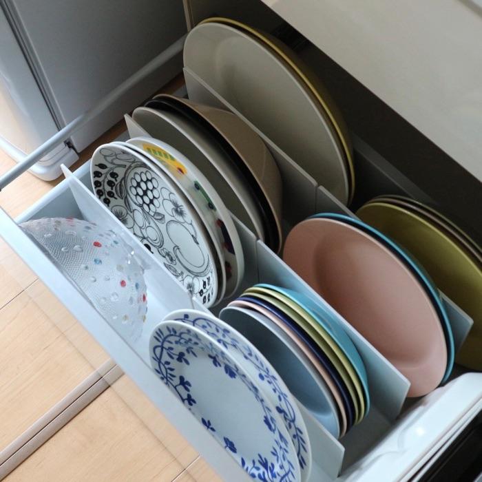 お皿やフライパン、ホットサンドメーカーまで縦収納!?使いやすいキッチン収納の工夫 SAYAさん