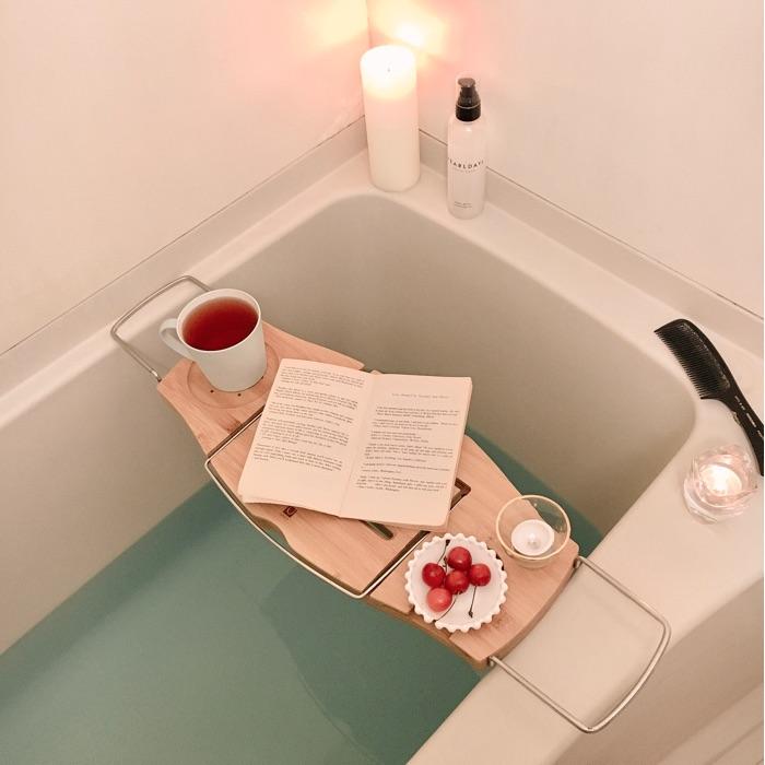 脱衣所がなくても、狭くても、アイデア次第で快適に!ひとり暮らしのお風呂場収納 chiikokoさん