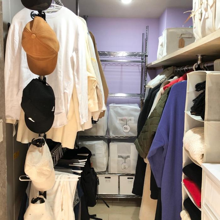 すっきり収納の秘訣は衣類の整理から!ウォークインクローゼットの収納 上田麻希子さん