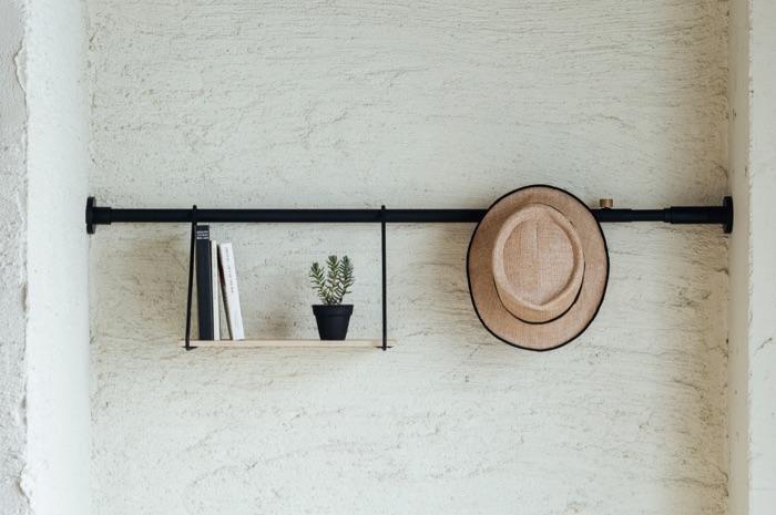突っ張り棒はもはやインテリア家具!新しい突っ張り棒「DRAW A LINE」を生み出した平安伸銅工業の話